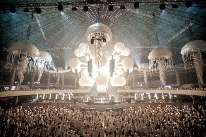 US Billionaire Expresses Intent To Buy Company Behind Sensation