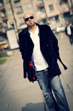 ROGER SHAH URGES FANS TO JOIN IN GLOBAL COLLABORATION SONG