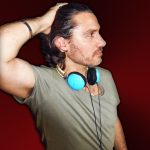 MARK LOREN CHARTS WITH HIS UNIQUE COMBINATION OF POP AND DANCE